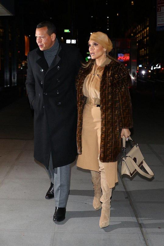 Na promítání do Bronxu ji doprovodil partner Alex Rodriguez.