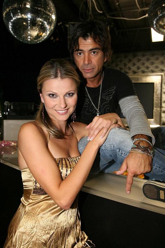 Jitka Kocurová v době, kdy se Sagvanem Tofim moderovala pořad Přísně tajné (2008).
