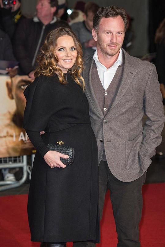 Otcem malého Montyho George je zpěvaččin manžel Christian Horner.
