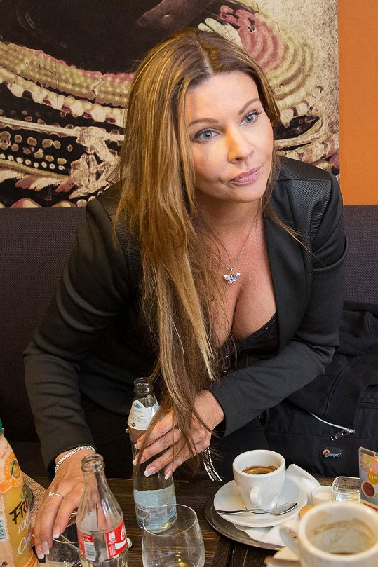 Ale i její sestra Darina Ďurianová by se určitě Boučkovi líbila...