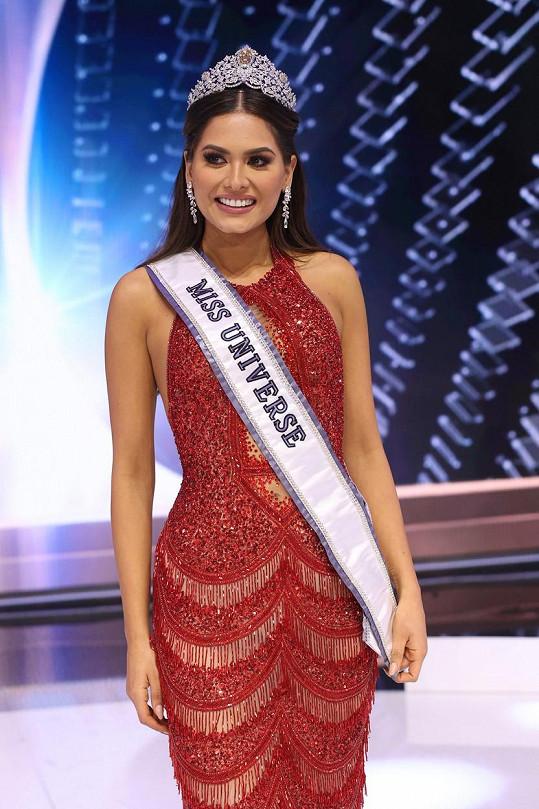 Mexiko slaví úspěch na soutěži krásy.