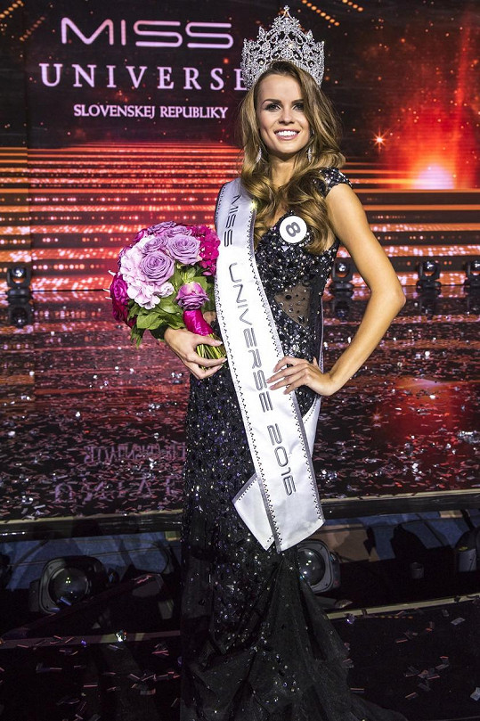 Titul Miss Universe 2016 SR získala Zuzana Kollárová.