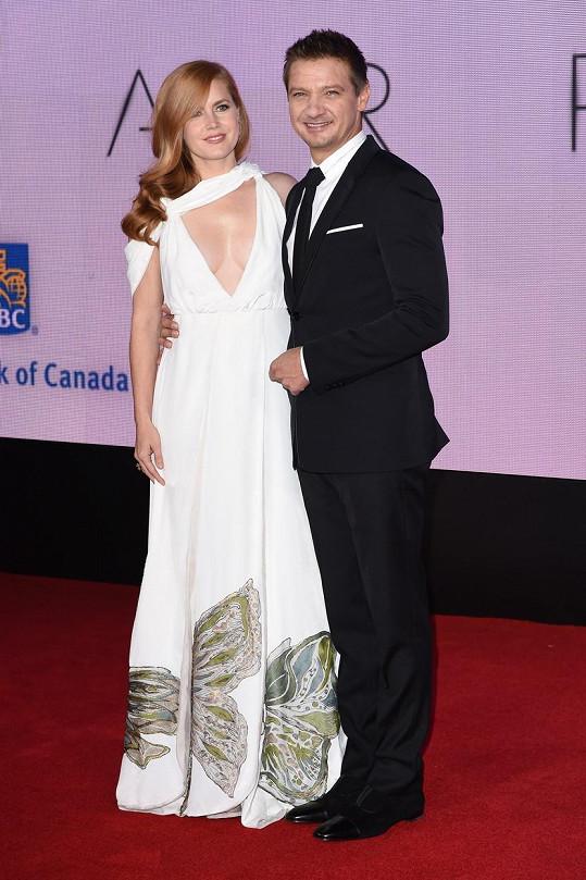 Amy Adams s Jeremym Rennerem