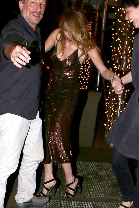Amber Heard došla k cíli jen díky pomoci.