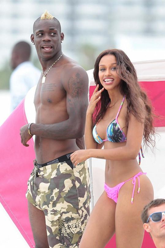 Ještě loni byla snoubenkou fotbalisty Maria Balotelliho.