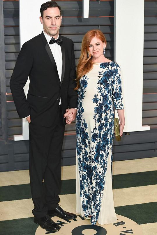 Isla Fisher s manželem Sachou Baronem Cohenem na loňském udílení Oscarů