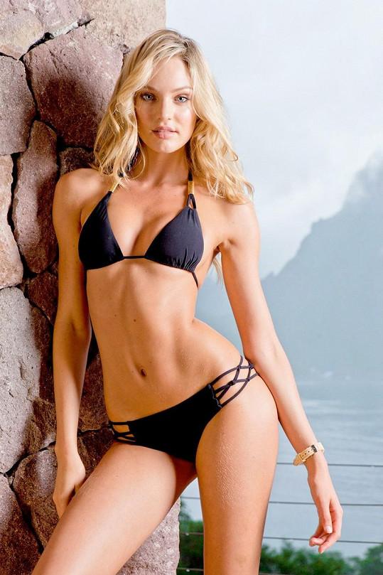 Modelka se vrací v parádní formě rovnou s plavkovou kampaní.