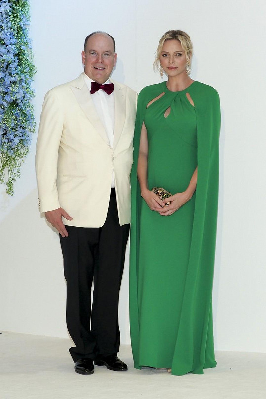 Monacký kníže a jeho žena na bále v červenci 2019