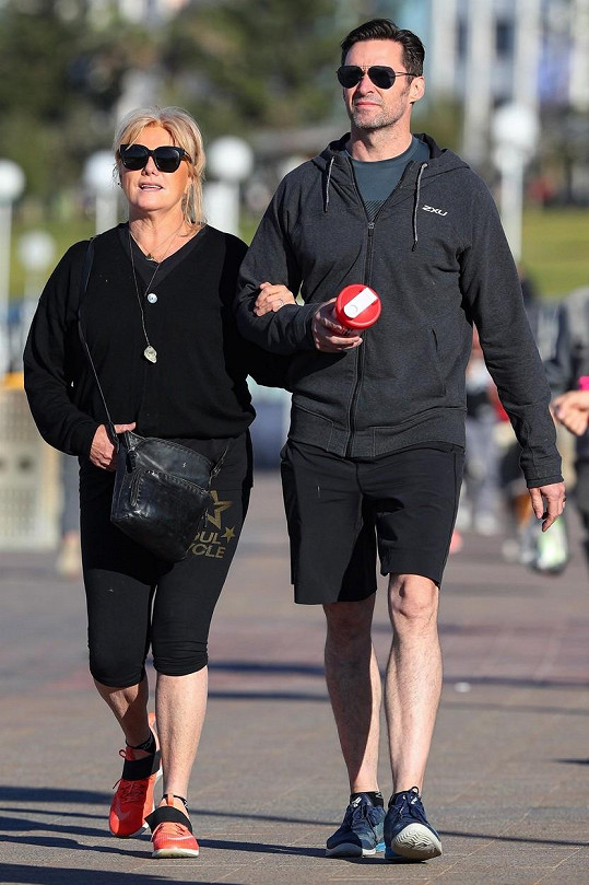Hugh Jackman s o 13 let starší manželkou
