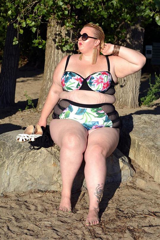 Horký letní den v podání Cynthie Noel