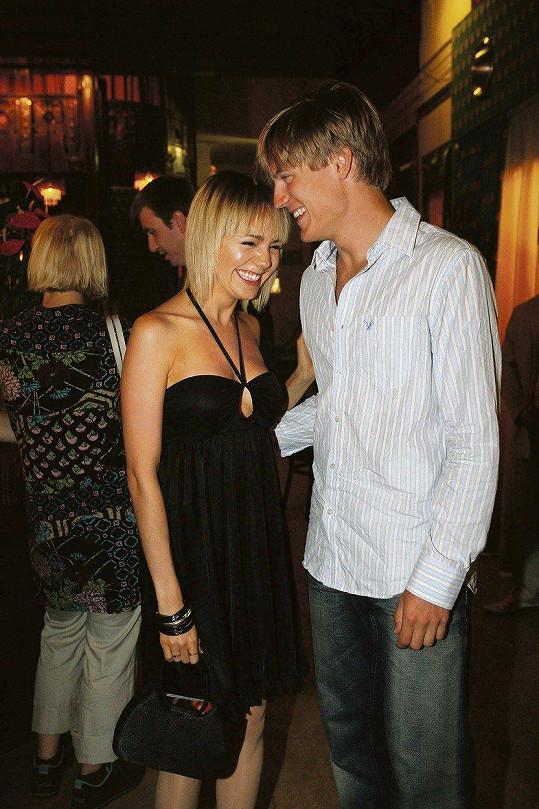 Tomáš před jedenácti lety randil s Luckou Vondráčkovou.