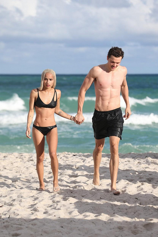 Zoe Kravitz a Karl Glusman na Miami