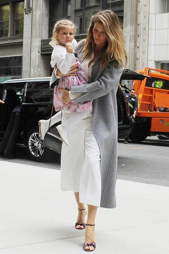 Bude Vivian modelkou po mamince?