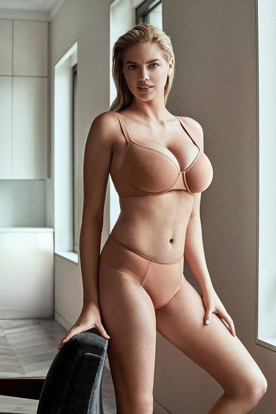 Kate Upton nafotila kampaň na spodní prádlo.