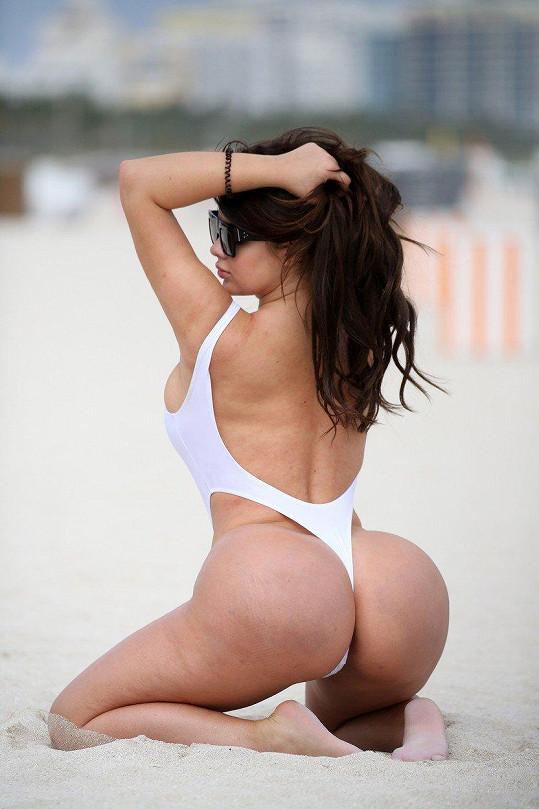 Ruská Kim Kardashian se opět odvázala.