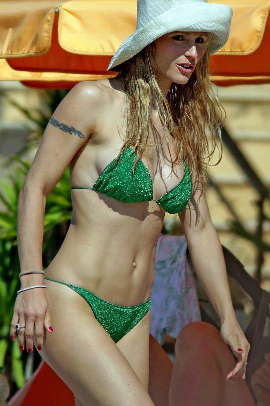Michelle Hunziker má dokonalou postavičku.