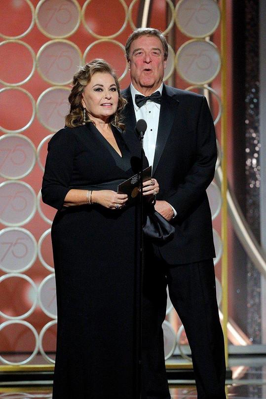 Seriáloví manželé zpestřili udílení Zlatých glóbů.