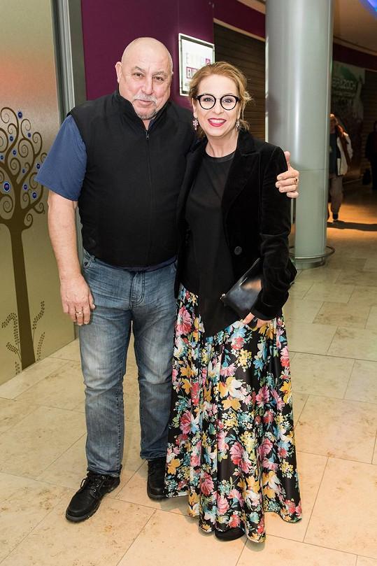Andrej Hryc s dcerou na archivním snímku.
