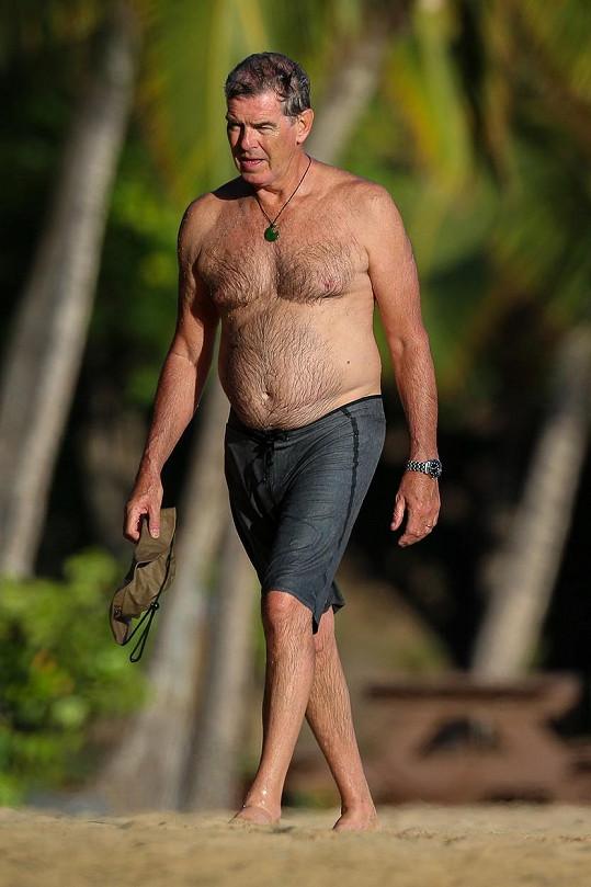 Takhle dnes vypadá představitel Jamese Bonda Pierce Brosnan