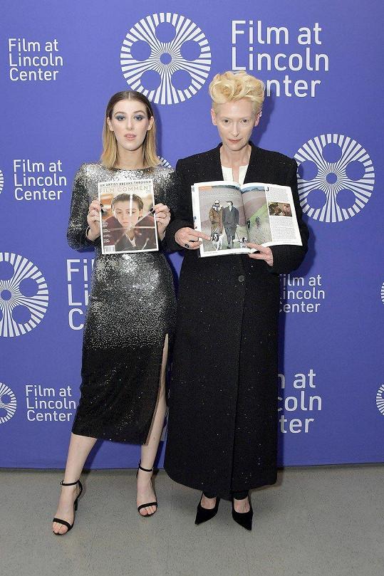 Obě si zahrály ve filmu The Souvenir.