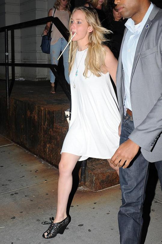Jennifer Lawrence se pořádně rozparádila.