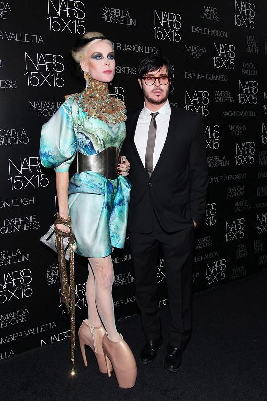 Guinness je velice extravagantní, není divu, že inspirovala zpěvačku Lady Gaga.