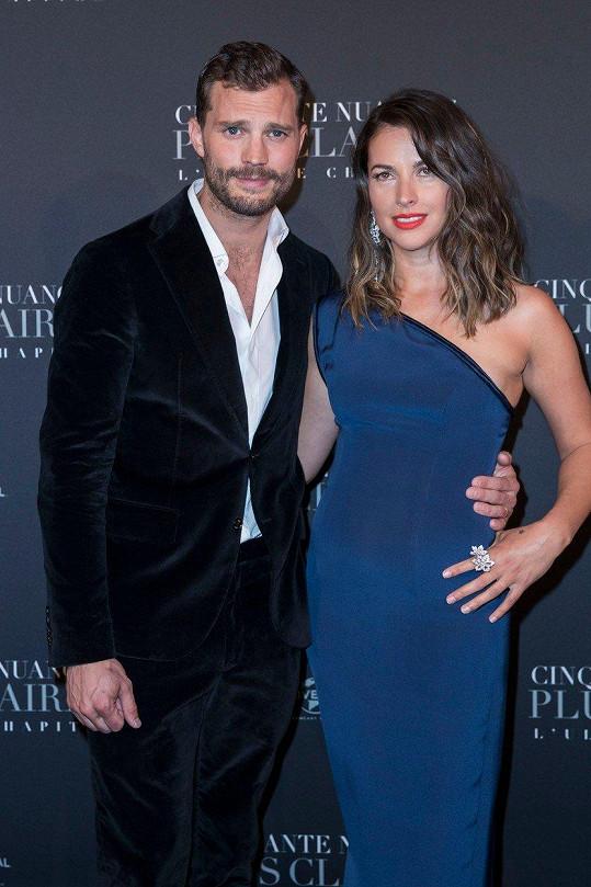 Jamie Dornan s manželkou Amelií Warner