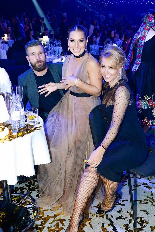 Dominika s manželem Michalem a maminkou Katarínou
