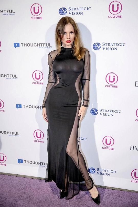 Ruská modelka byla hodně odvážná a díky tomu se teď o ní píše všude možně...