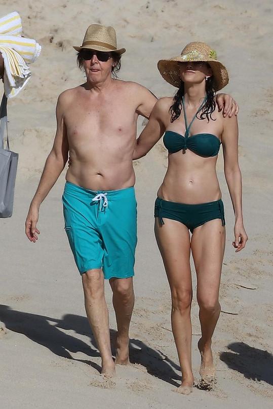 Paul McCartney a Nancy Shevell odletěli přes svátky do Karibiku.