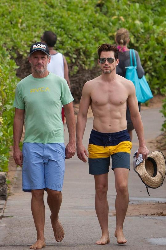 Na Havaji si užíval se svým partnerem.