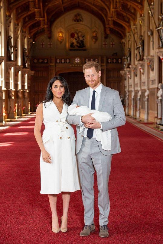 Vévoda a vévodkyně ze Sussexu Harry a Meghan s novorozeným Archiem jsou inspirací pro mnoho fanoušků.