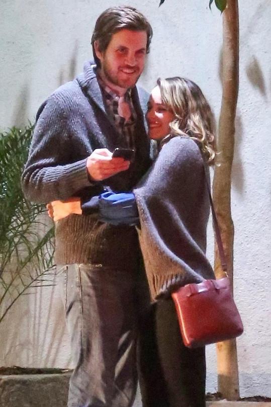 Rachel s přítelem Jamiem