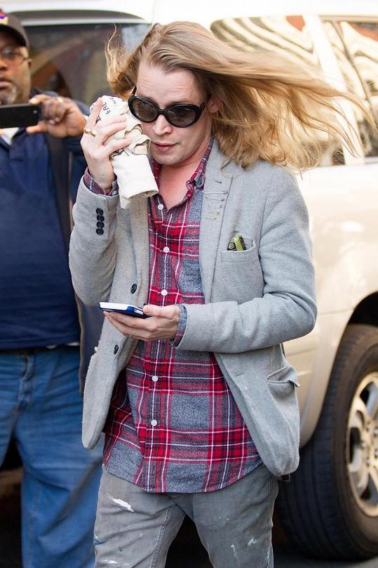 Takhle dnes vypadá Macaulay Culkin.
