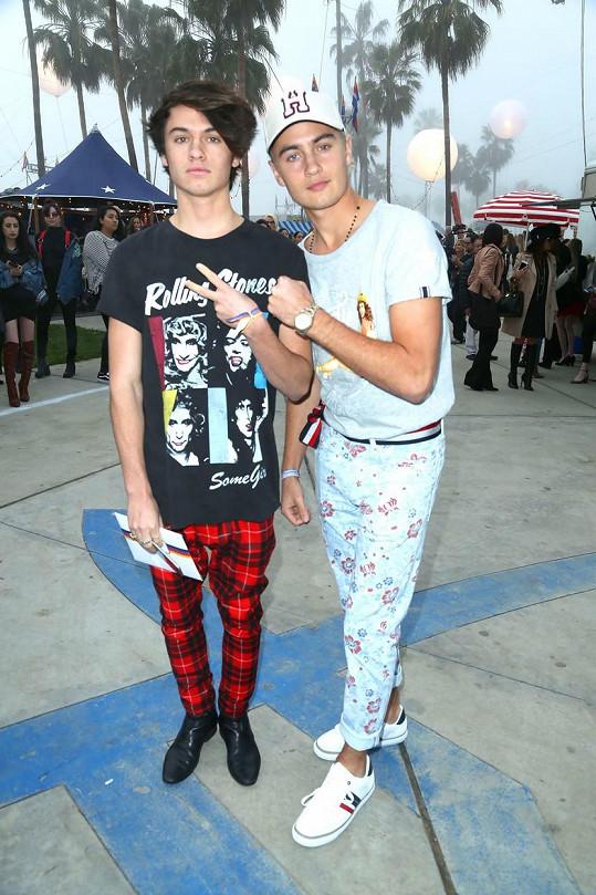 S prvním exmanželem má herečka syny Brandona a Dylana (vlevo).