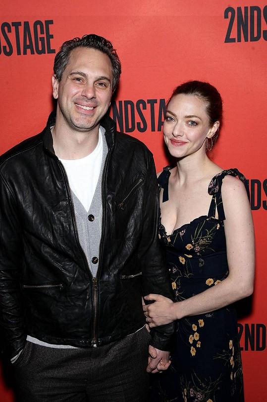 Amanda Seyfried a Thomas Sadoski se stali dvojnásobnými rodiči.