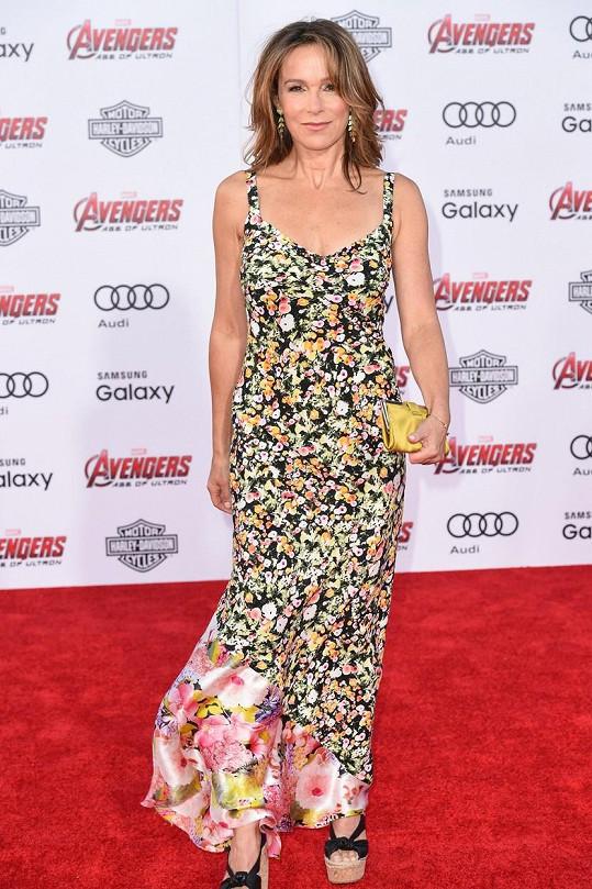 Jennifer na premiéře filmu Avengers: Age of Ultron