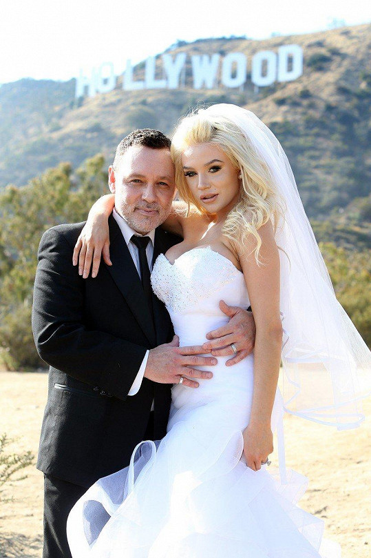 Courtney Stodden a Doug Hutchison