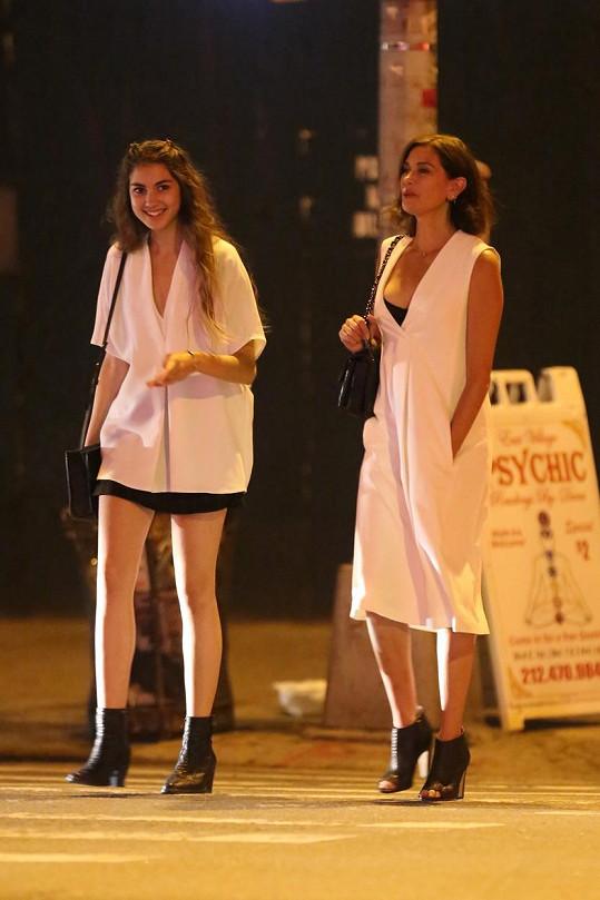 Teri s Emerson ve čtvrtek večer zašly na film do Sunshine Cinemas na Manhattanu.