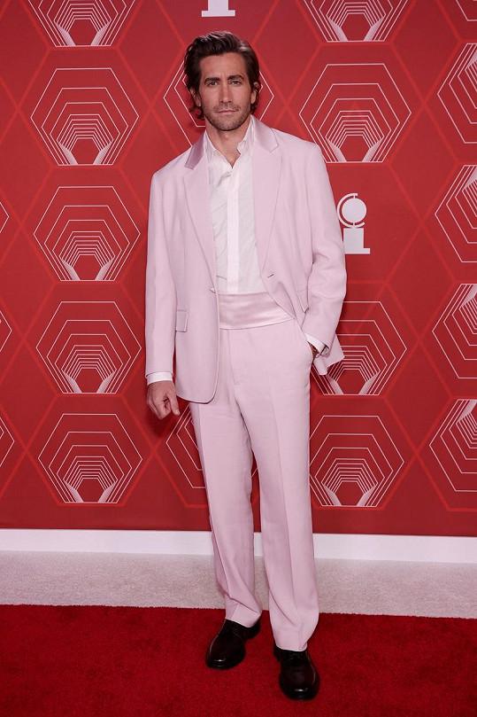 Jake Gyllenhaal na udílení cen Tony