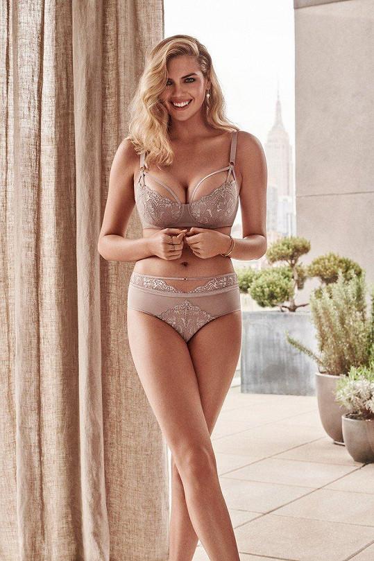 Kate v kampani na spodní prádlo