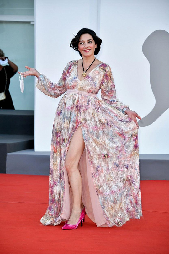 Sara Ricci je známá italská herečka.