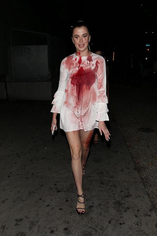 Ireland Baldwin se převlékla za Carrie ze stejnojmenného hororu.