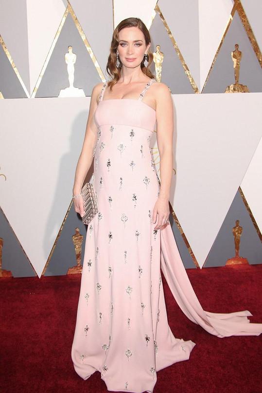 Na Oscarech se předvedla jako něžná princezna.
