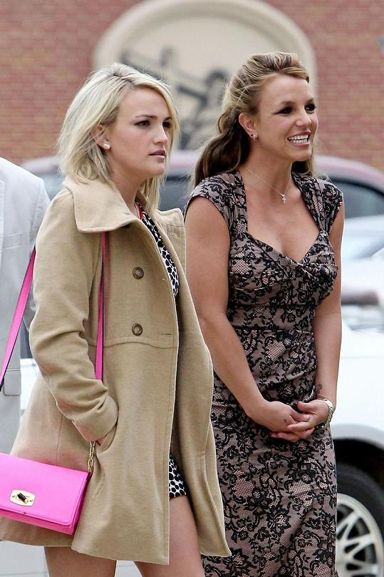 Britney se sestrou Jamie Lynn