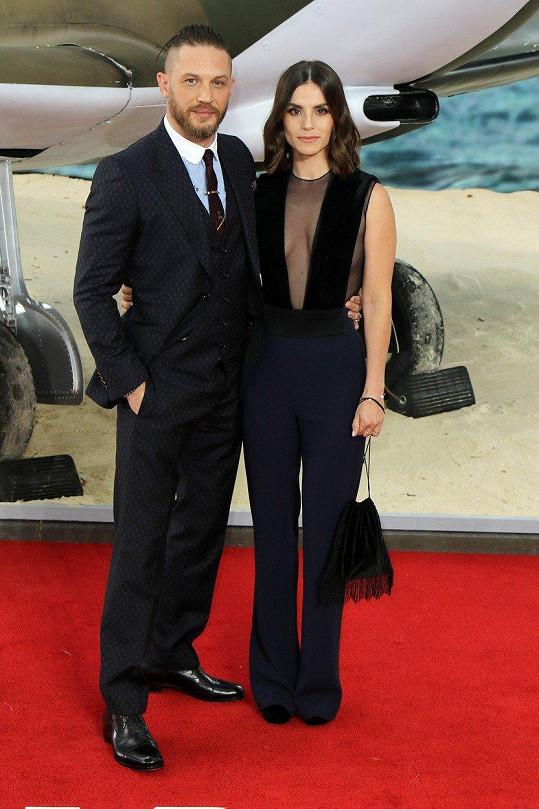Herec s manželkou Charlotte Riley