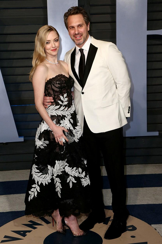 Thomas Sadoski nebyl nadšený, když Amanda Seyfried musela ve filmu líbat svého bývalého.