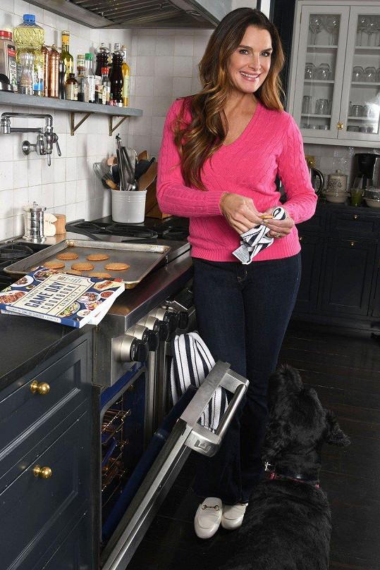 Brooke Shields je atraktivní i jako padesátnice.