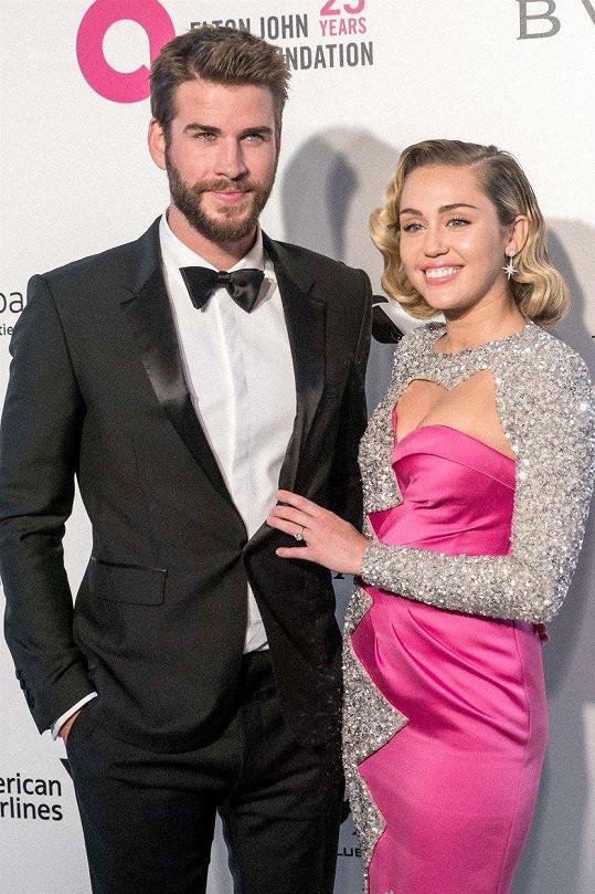Miley a Liam randili s pauzami od roku 2010.