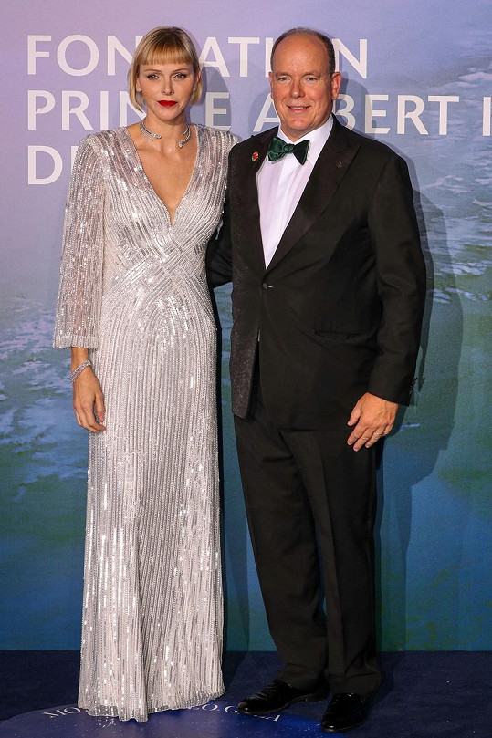Monacký princ Albert II a princezna Charlene.